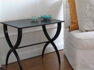 bord-svart-litet